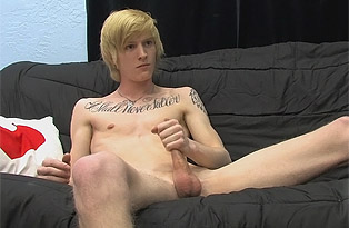Boy Crush gay hardcore sex video
